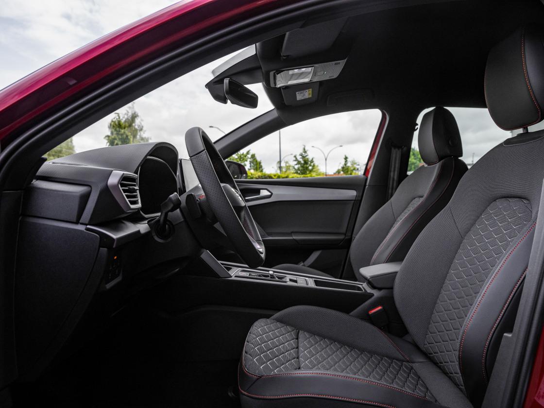 Intens complete uitvoeringen SEAT Leon
