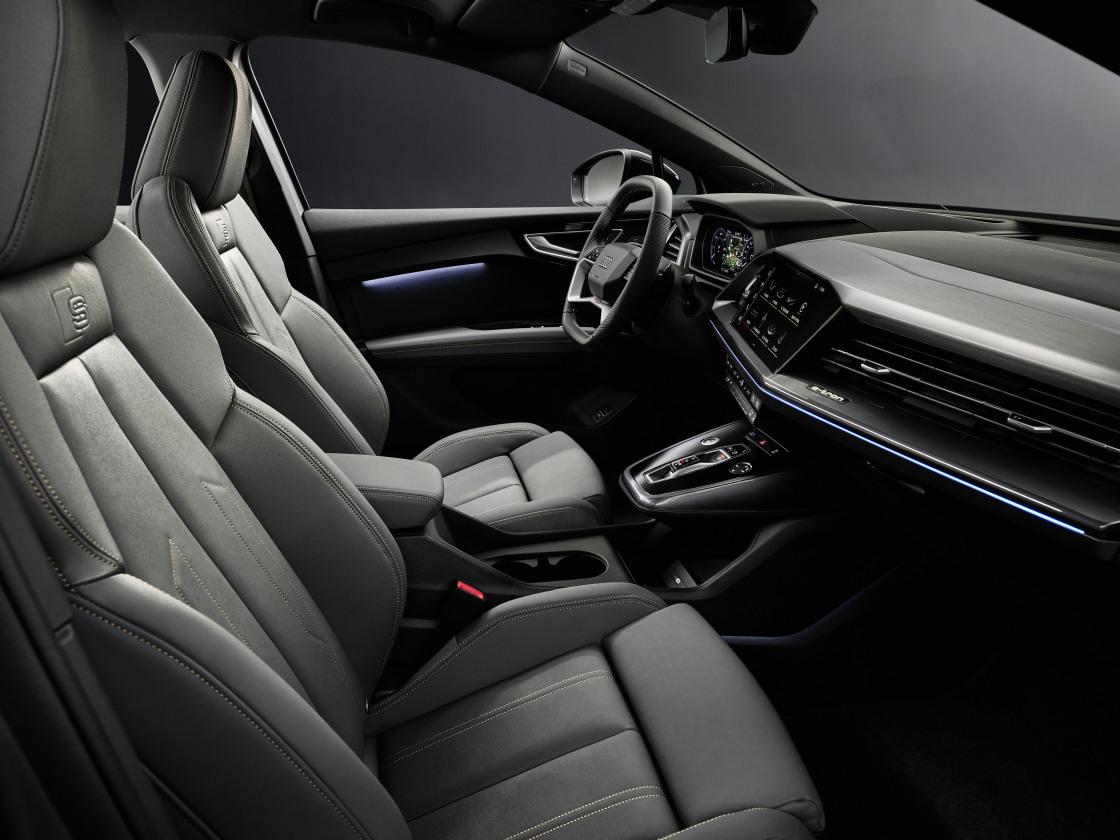 Wereldprimeur voor Audi Q4 e-tron en Q4 Sportback e-tron