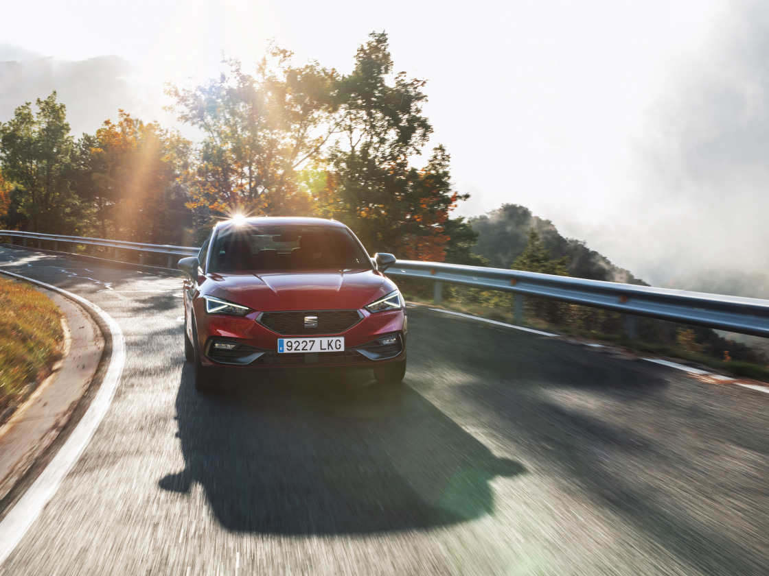 SEAT Leon plug-in hybride nu ook als extra complete Business Intense