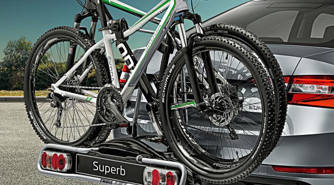 000071105F-fietsendrager-voor-op-trekhaak-2-fietsen-1-1600