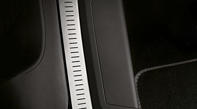 https://aqbvxmveen.cloudimg.io/crop/660x366/n/https://s3.eu-central-1.amazonaws.com/maasautogroep-nl/10/2004-seat-acties-accessoires-03.jpg?v=1-0