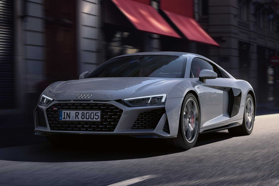 https://aqbvxmveen.cloudimg.io/crop/980x653/n/https://s3.eu-central-1.amazonaws.com/maasautogroep-nl/01/092019-audi-r8-coupe-02.jpg?v=1-0