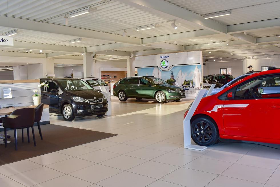 Maas Autogroep Nieuwkoop - ŠKODA showroom