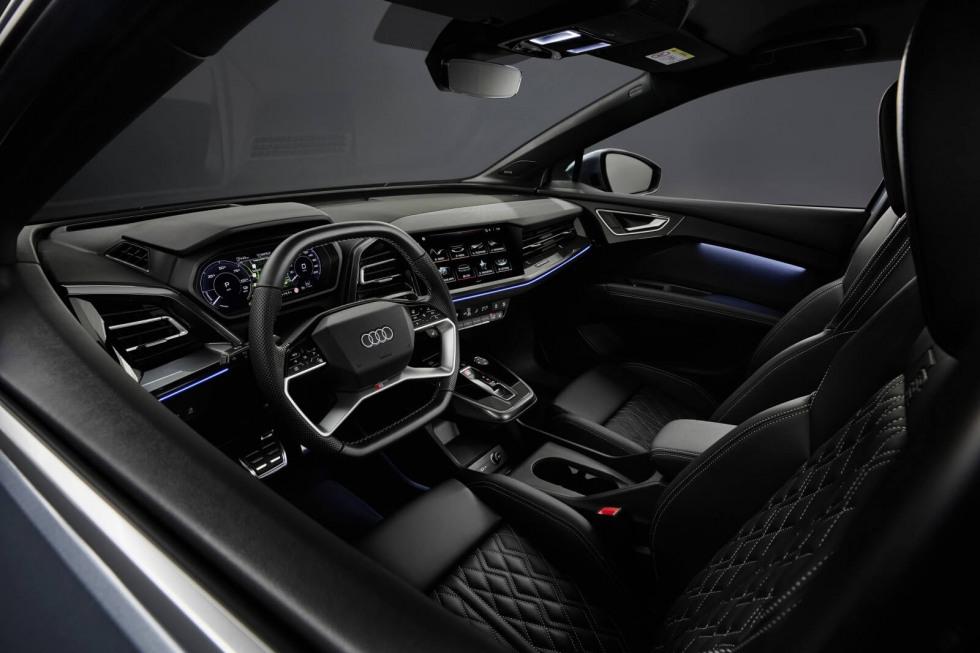 2104-audi-q4-sportback-e-tron-03.jpg