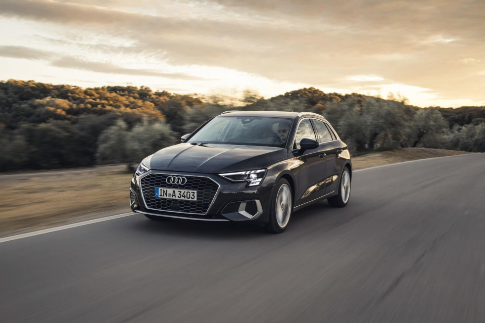2102-audi-a3-sportback-online-only-private-lease-04.jpg