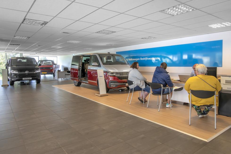 Showrooms Volkswagens Bedrijfswagens Gouda